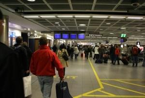 Más de 7,7 millones de pasajeros pasarán por los aeropuertos españoles