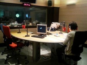 En los estudios de Radio Nacional grabando Por todo lo alto