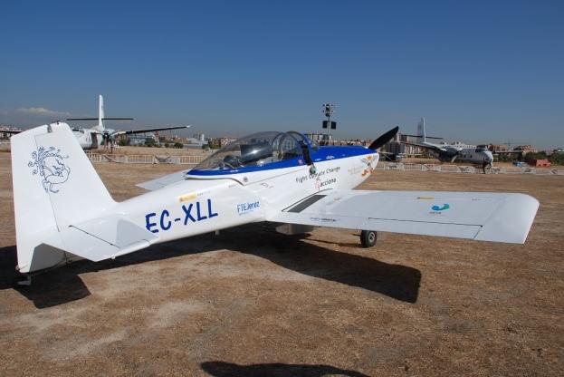 La aeronave construida por Michel Gordillo antes de despegar en la segunda fase del proyecto Sky Polaris